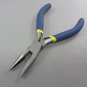 Snipe nose pliers
